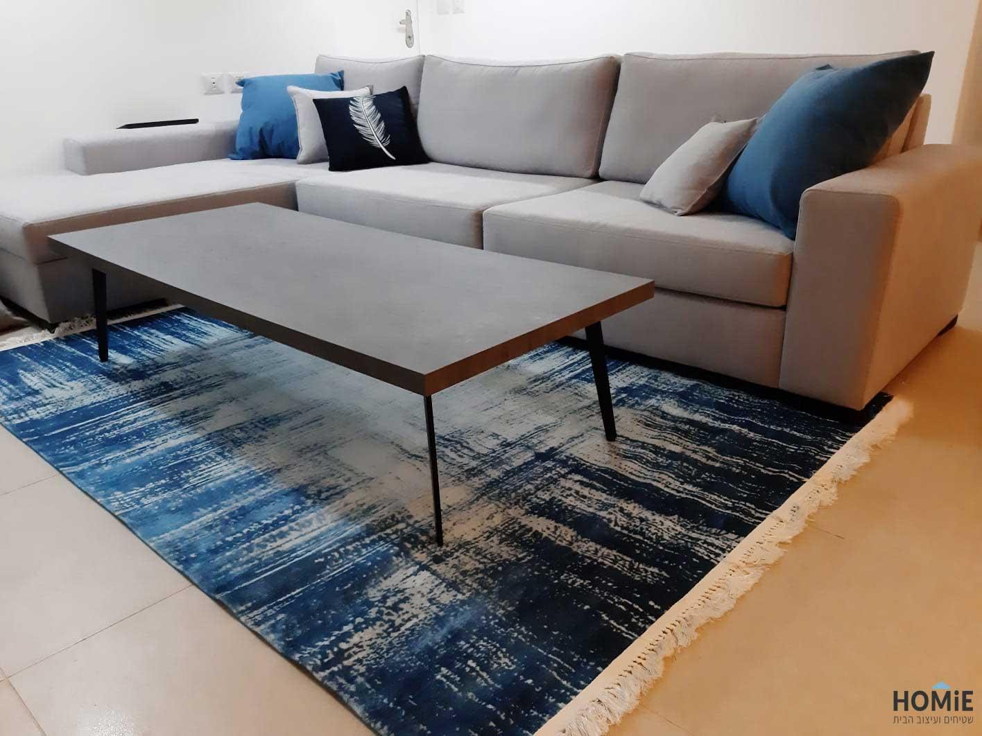 שטיח לסלון כחול בסגנון אבסטרקטי מרהיב