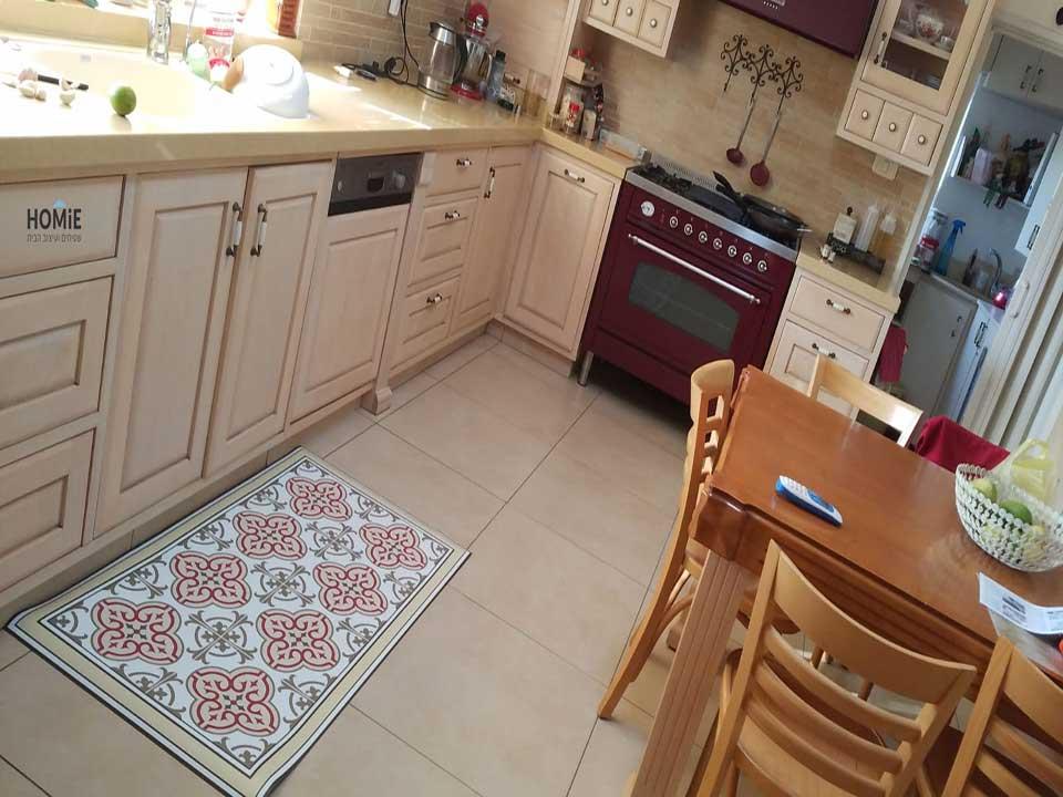 שטיח פי וי סי (PVC) מהודר במטבח של מילי דגם דאסי